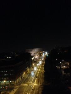 ローマで早朝ランコロッセオ