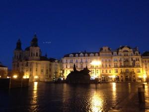 プラハ早朝ラン旧市街広場