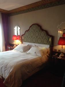 ホテルダニエリベネチア滞在記お部屋おベッド