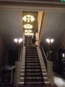 オランダ デン・ハーグの最高級ホテルDes Indes宿泊記豪華な階段