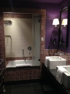 オランダ デン・ハーグの最高級ホテルDes Indes宿泊記バスルーム