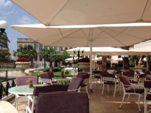 ホテルチュラーン・パレス・ケンピンスキー・イスタンブール何度見ても飽きないスパークリングワインと絶景