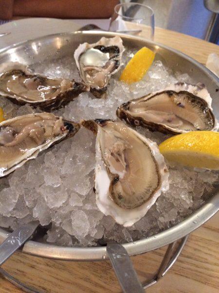 Ostras & Coisas Restaurante SAの新鮮な生牡蠣