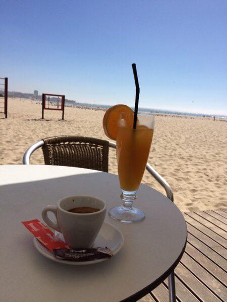 ポルトから大西洋、カフェでのんびり
