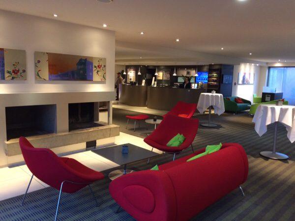 プレイモビルファンパークPlaymobil-FunParkに行くのにおすすめのホテルFuerther Hotel Mercure Nuernberg Westロビー