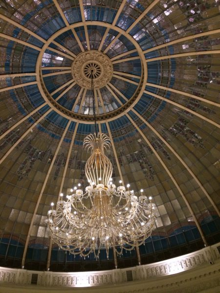 Westin Palace MadridロビーラウンジLa Rotondaのシャンデリア