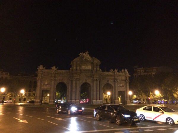 早朝ランマドリッドPuerta de Alcalá