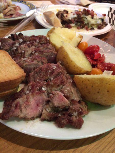 Mercado San Ildefonsoめちゃくちゃ美味しいステーキ