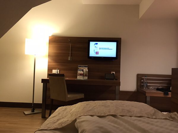 Best Western Plus Hotel Am Schlossbergテレビ