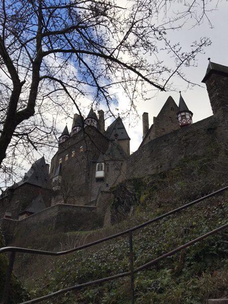 ドイツの3大名城エルツ城(Burg Eltz)