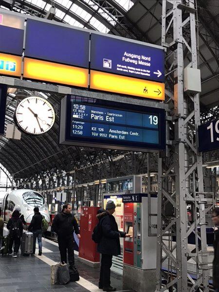 フランクフルト中央駅パリ行きICE