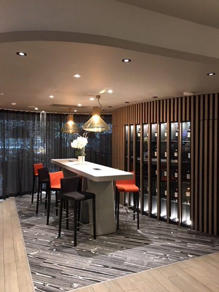 Hotel Novotel Paris Centre Bercyワインバー