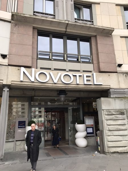 Hotel Novotel Paris Gare de Lyon滞在記ホテルのエントランス