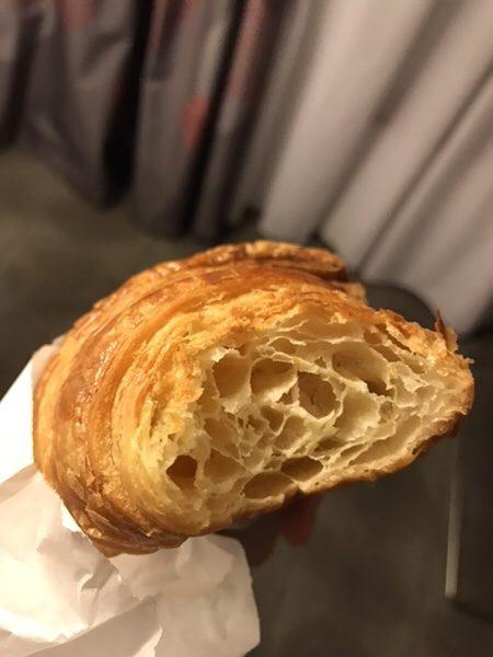 パリのクロワッサンの美味しいビオパン屋さん