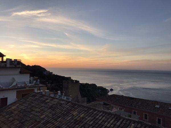 Taormina Flats屋上からの景色1