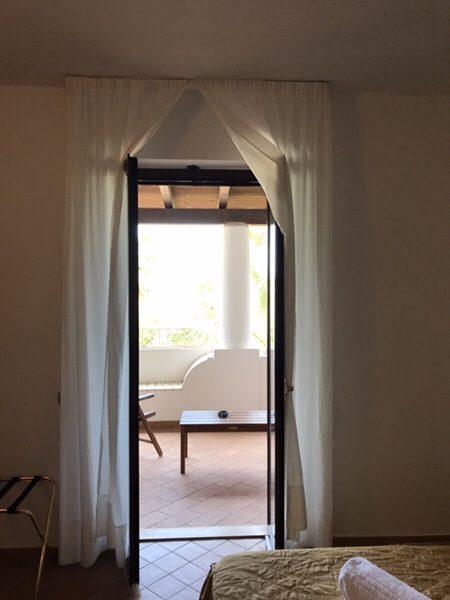Hotel Garden vulcanoバルコニーへの扉