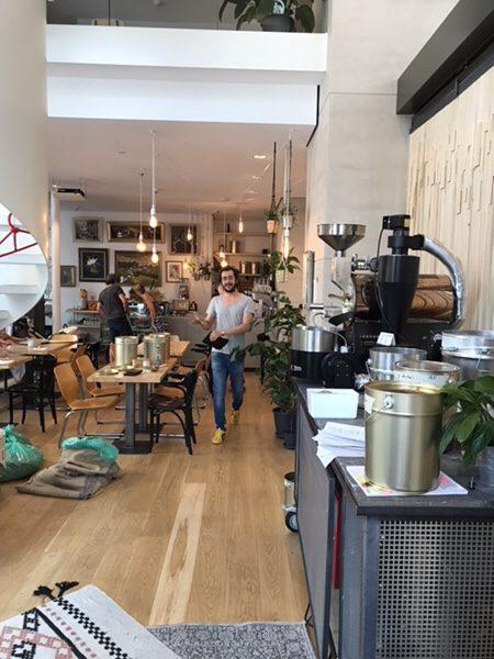 Bohnerie café röstsalon@frankfurt店内一階席