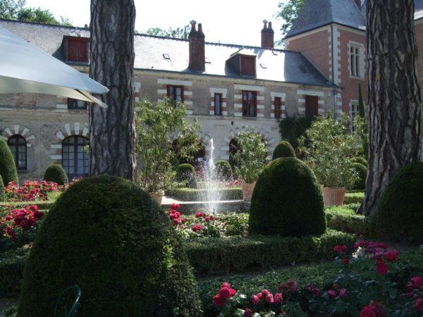 クロ・リュセの館噴水