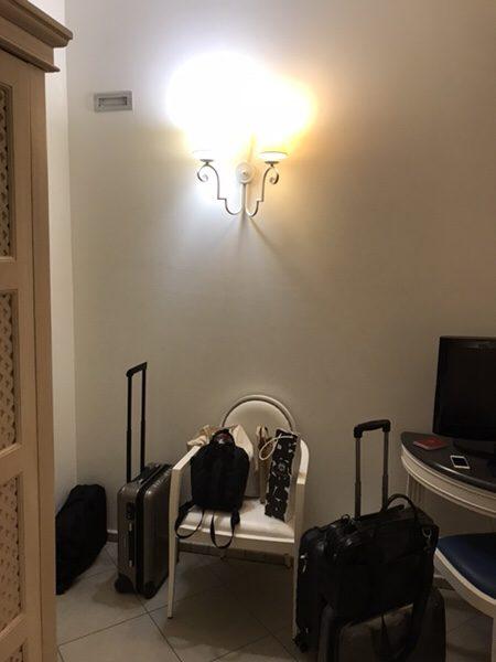 Hotel Mea 滞在記部屋のイス