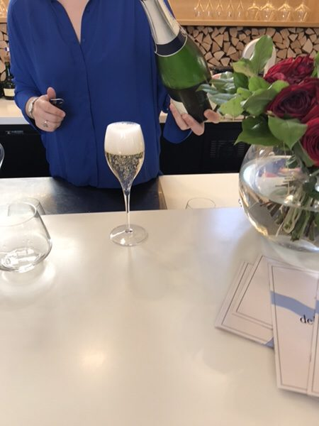 champagne-tasting in Epernay
