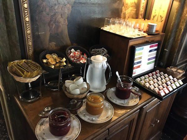Breakfast Duc De Bourgogne