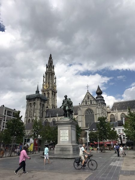 Antwerpen city walk