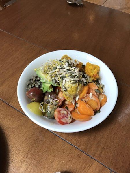 sla amsterdam Hummus & Avocado Bowl