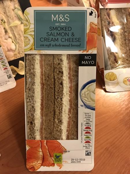 マークス&スペンサー(Marks & Spencer)のサンドウィッチ食べ比べ!